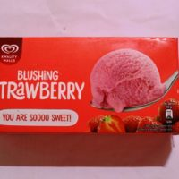 strawberry ice cream family pack