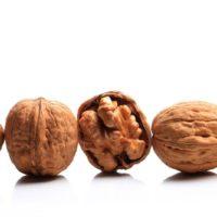walnut price per kg